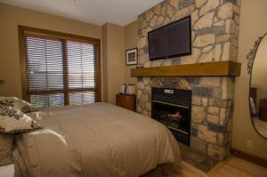 Luxurious Equinoxe Ski-in/Ski-out - Apartment - Mont Tremblant