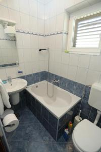 Apartment Supetar 2903a
