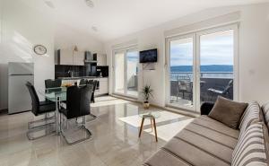 Cezar Luxury Apartment, Apartmány  Omiš - big - 10