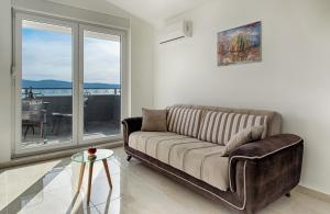 Cezar Luxury Apartment, Apartmány  Omiš - big - 19