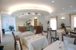 Colleverde Country House, Hotels  Urbino - big - 117