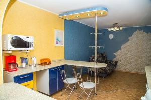 Двухкомнатная квартира - Hotel - Yuzhno-Sakhalinsk