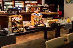 Hotel Restaurant St. Lambert, Hotels  Helmond - big - 15