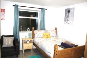 3 Bedroom ENTIRE house N16