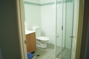 Accommodation on Denham, Motel  Townsville - big - 2