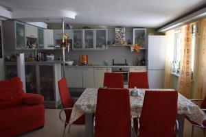 Holiday Home on Ryabinovaya - Ozerki