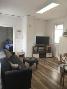 Sam Apartments