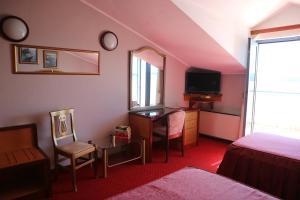 Hotel Bavaria - First Library Hotel, Hotely  Trogir - big - 12