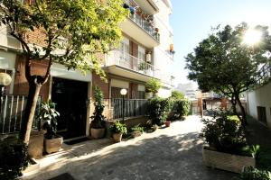 Monteverde bright Apartment with Garage - abcRoma.com