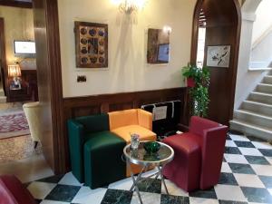 Pensione Accademia - Villa Maravege (29 of 63)