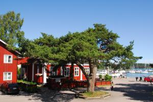 Hotel Strandbo, Szállodák  Nauvo - big - 17
