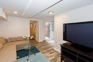 2 Full Bedrooms Basement Apt; 3-Min Walk To Petworth Metro;