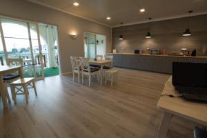 Villa Welwitshia Mirabilis, Guest houses  Carvoeiro - big - 11