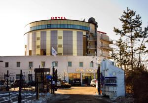 Acfes-Seiyo Hotel