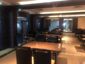 Hotel Shaans, Hotely  Tiruččiráppalli - big - 34
