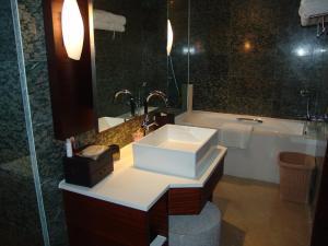Ramada Plaza by Wyndham Shanghai Caohejing Hotel, Hotel  Shanghai - big - 26