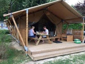 Safari tent at Camping de la Bonnette