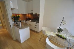 obrázek - Chelsea stylish 3bedroom/2bath apartment, central