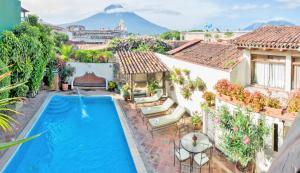 Hotel Casa del Parque by AHS - Antigua Guatemala