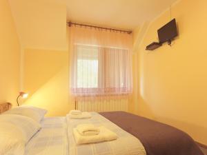 Rooms Family Glumac, Guest houses  Jezerce - big - 40