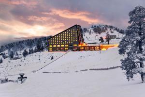 Kaya Palazzo Ski & Mountain Resort - Hotel - Kartalkaya