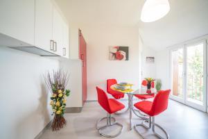 Bright Apartments Sirmione - Marconi Lake View - AbcAlberghi.com