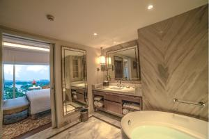 Taj MG Road Bengaluru, Hotels  Bangalore - big - 21