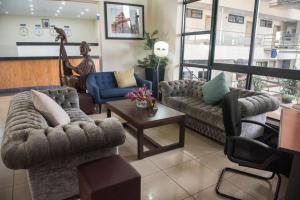 Golden Tulip Essential Kimbima, Hotels - Freetown