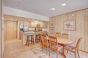CM116S Copper Mtn Inn Condo - Apartment - Copper Mountain