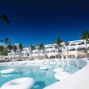 SALA Samui Chaweng Beach Resort (1 of 211)