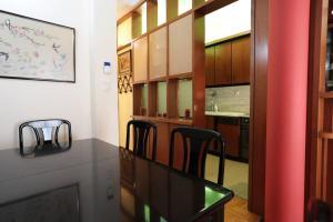 Romantic Apt with Penthouse & Acropolis View, Apartmány  Atény - big - 27