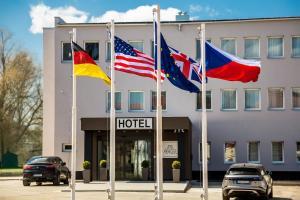 Skyhotel Prague - Liboc