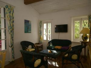 Maison De Vacances - Six-Fours-Les-Plages 1, Holiday homes  Six-Fours-les-Plages - big - 11