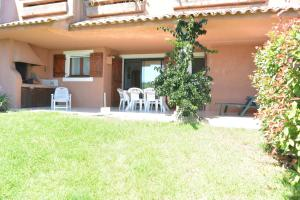 Playa Del Oro, Apartmány  Favone - big - 39