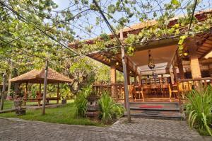 Banyualit Spa 'n Resort Lovina, Resort  Lovina - big - 96