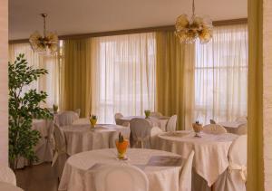 Hotel Fucsia, Hotels  Riccione - big - 136