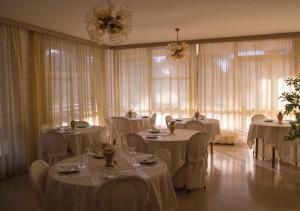 Hotel Fucsia, Hotels  Riccione - big - 92