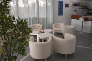 Hotel Fucsia, Hotels  Riccione - big - 108