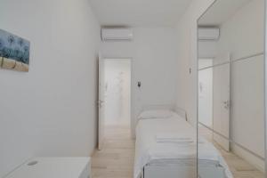 Lovely flat near Naviglio in Milan