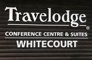 Travelodge by Wyndham Conference Centre & Suites Whitecourt, Szállodák  Whitecourt - big - 49