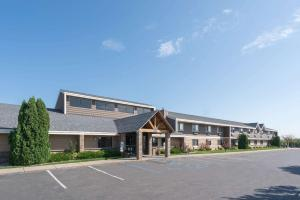 Americinn Lodge & Suites - Bismarck