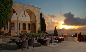 . Mir Amin Palace