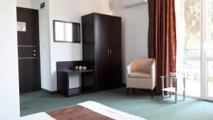 Family Hotel Asai, Hotel  Ravda - big - 54