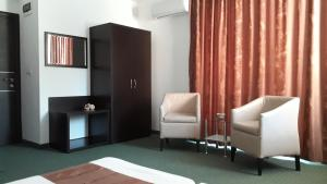 Family Hotel Asai, Hotel  Ravda - big - 53