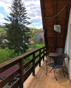 Iulia's Guesthouse, Penziony  Bran - big - 93