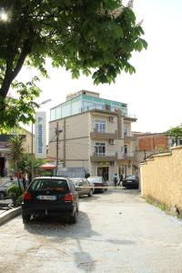 Hotel Italia, Тирана