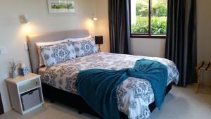 Coromandel Views Bed & Breakfast, Bed and Breakfasts  Coromandel Town - big - 2