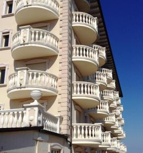 Palace Hotel, Отели  Морской Милан - big - 67
