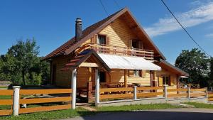 Holiday Home Ogulin 15204 - Desmerice