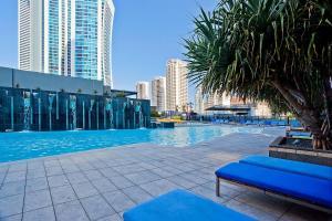1,2,3,4 & 5 Bedroom Amazing Apartments at Circle on Cavill Surfers Paradise - Gold Coast